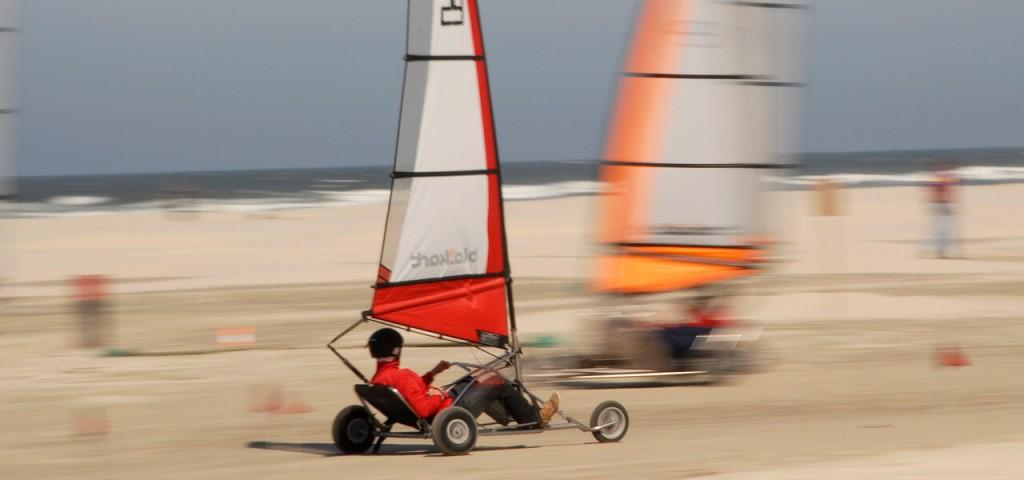 island-events-bedrijfsuitje-teamuitje-blowkarten-strand-wadden - Westcord Hotels